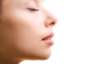 Mũi hếch – Đặc điểm, ý nghĩa và cách khắc phục hiệu quả từ chuyên gia