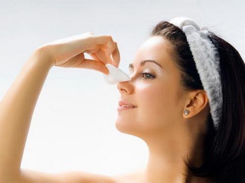 Tìm hiểu: Nâng mũi sau bao lâu thì được rửa mặt, đeo kính, trang điểm? 3